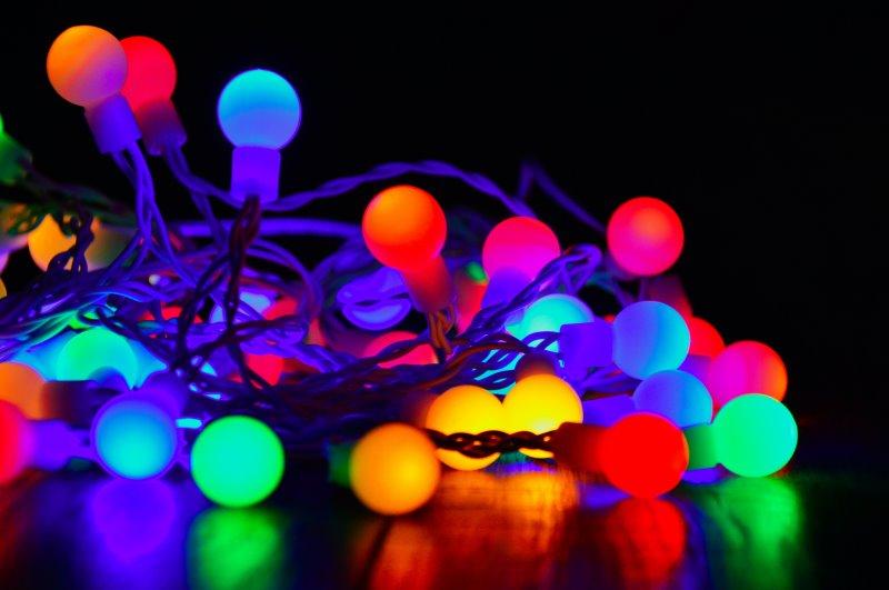 Lichterkette mit bunten Leuchten