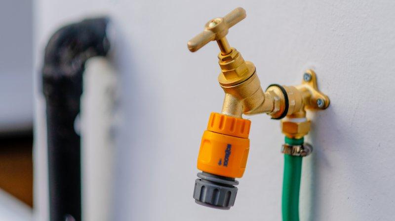 Wasserhahn für Schlauchtrommel